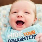 Trẻ sơ sinh 6 tuần tuổi – mẹ cần lưu ý những gì?