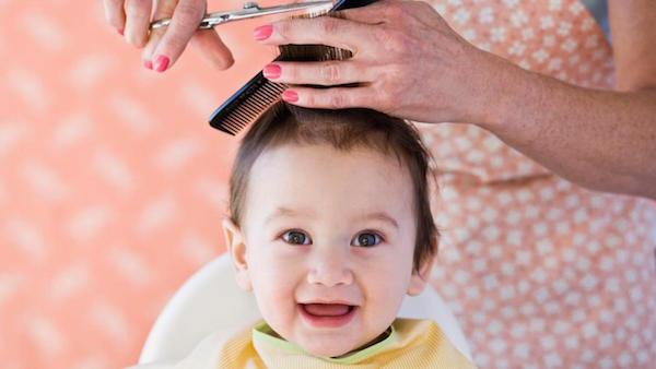 Image result for Khi nào thì cắt tóc cho trẻ sơ sinh