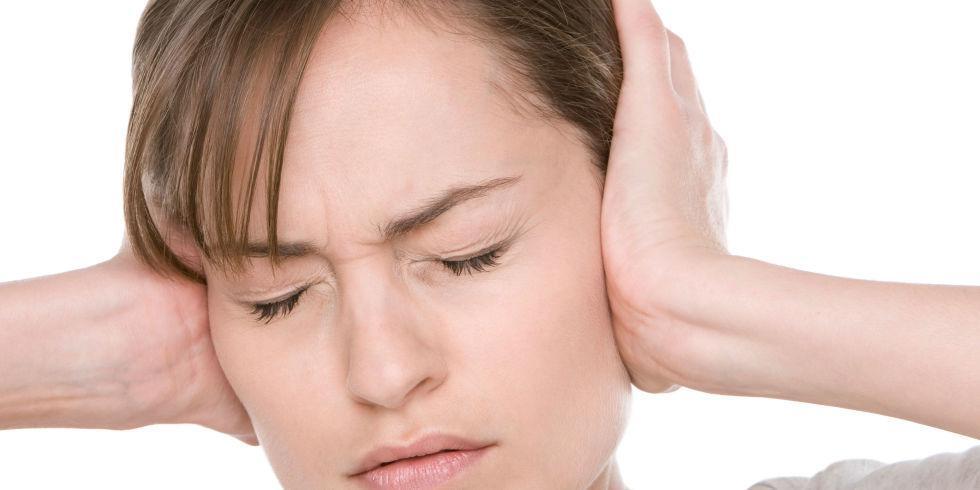 ù tai sau sinh mẹ nên làm gì