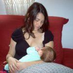 5 nguyên nhân gây đau ngực khi cho con bú