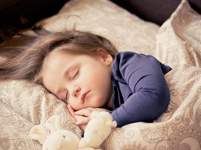 bé yêu ngủ ngoan